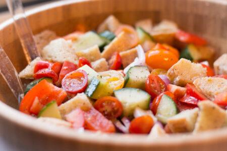 Garlic Panzanella Salad