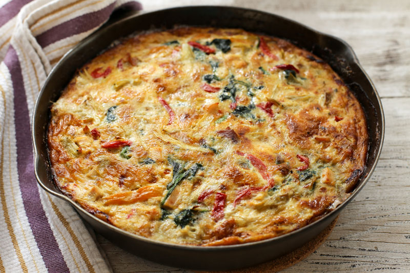 garlic-gold-frittata-spinach-chicken-artichokes-peppers-2
