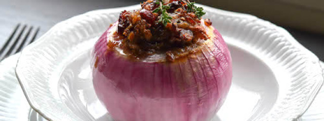 Garlic Farro Stuffed Onion