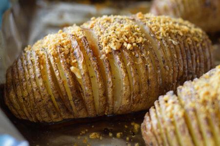 garlic gold hasselback potato