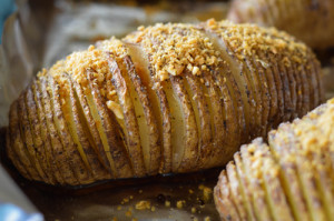 garlic gold hasselback potato