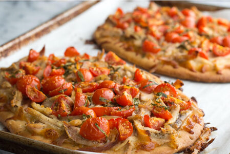 Garlic Chicken Flatbread Pomodoro